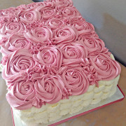 pink flower styled cake