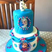 Frozen 2 tier cake